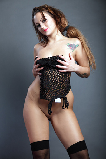Chantal Modella di escort esperta Sexy Wasp Waist Versatile Call Girl Berlin
