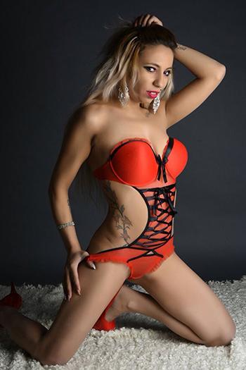 Escort Helena top service giochi lesbici prostituta Berlino grandi tette