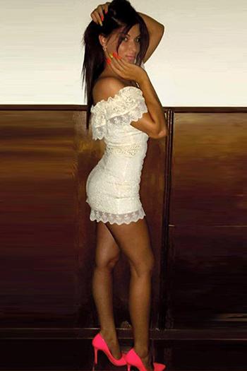 La modella escort per principianti Kristina è alla ricerca di conoscenti sessuali a Berlino