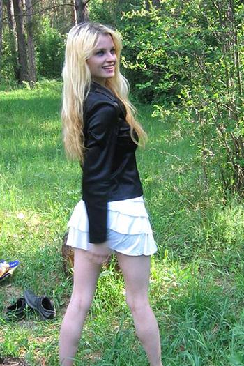 Kate Escort Berlin petite donna giovane donna